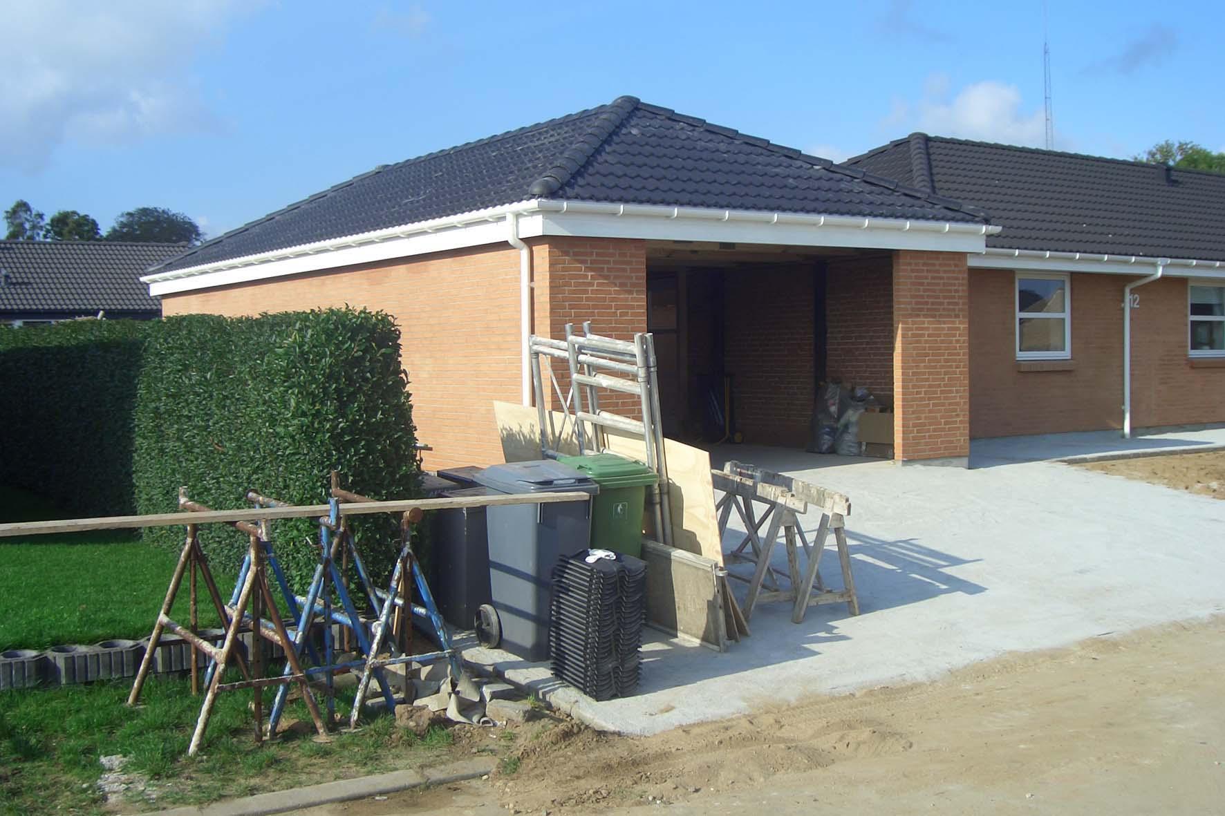 Stor og rumlig garage for Garage pons muret